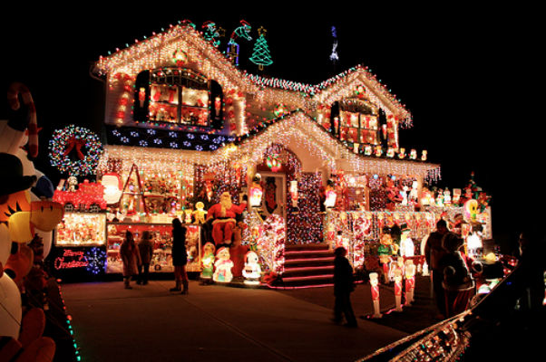 Christmas Lights Survival Guide - Mance Electrical